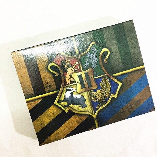 Набор брошек С эмблемами кинофильма Гарри Поттер 1