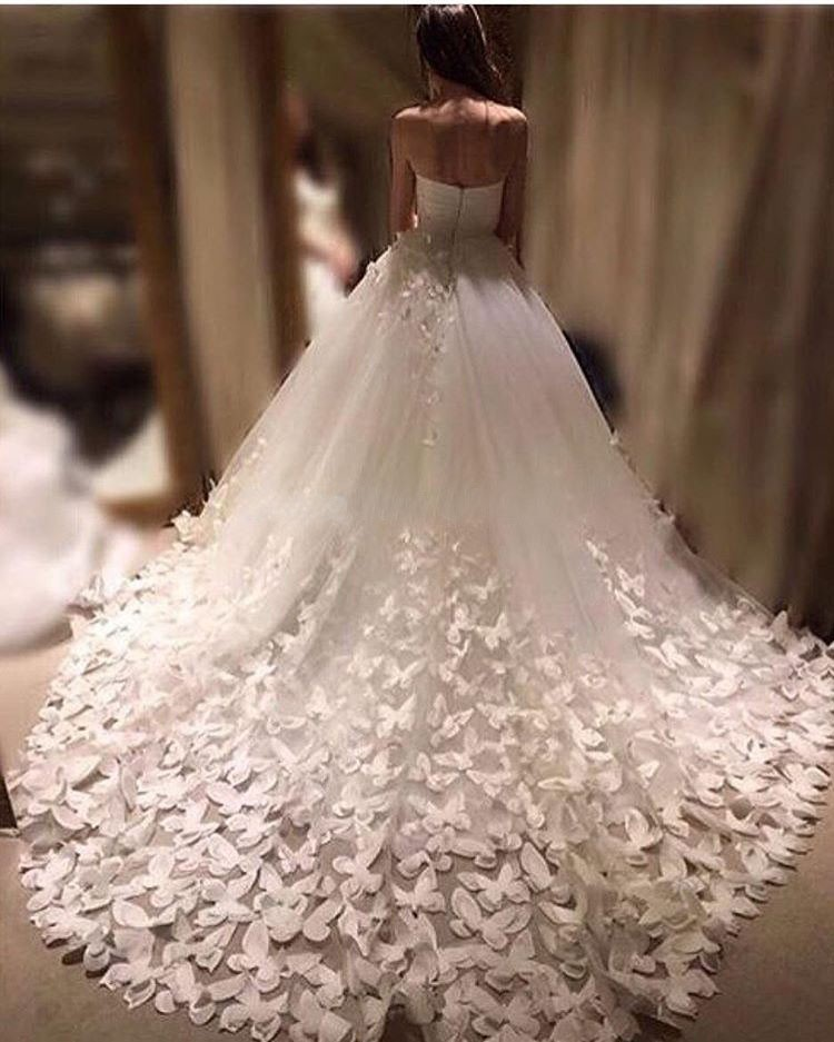 Ball Gowns Wedding Dress 2017 Handmade Erfly Sweetheart Cathedral Train Dainty Bridal Dresses Vestido De Noiva In From