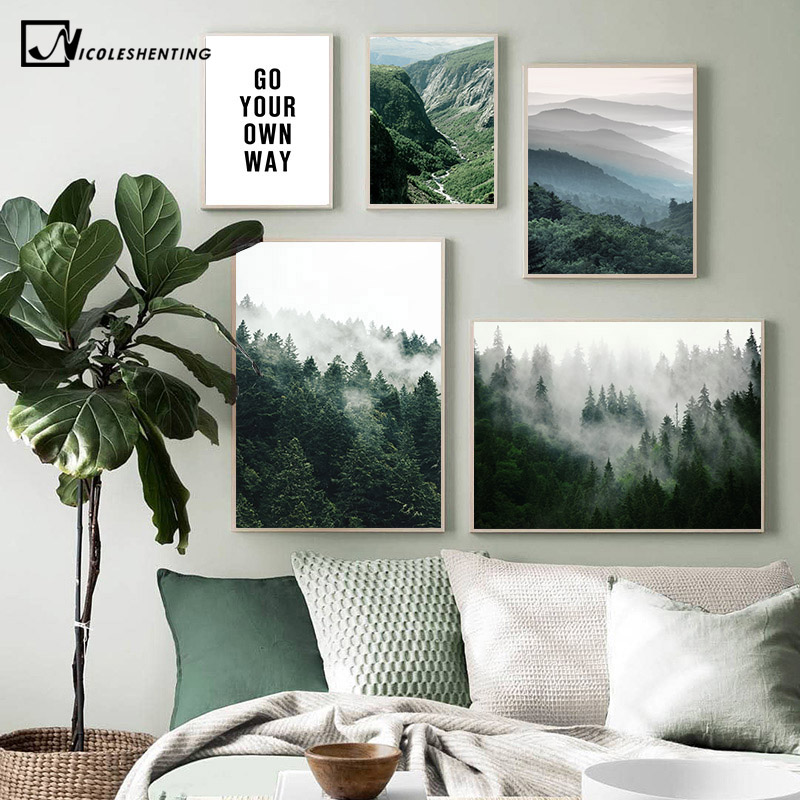 ภูเขา Foggy Forest ภาพทิวทัศน์ธรรมชาติสแกนดิเนเวียนโปสเตอร์ Nordic ตกแต่งพิมพ์ภาพวาดผ้าใบ