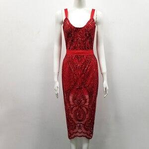 Image 4 - 높은 품질 섹시 민소매 장식 조각 빨간 무릎 길이 붕대 드레스 2018 디자이너 패션 드레스 vestido