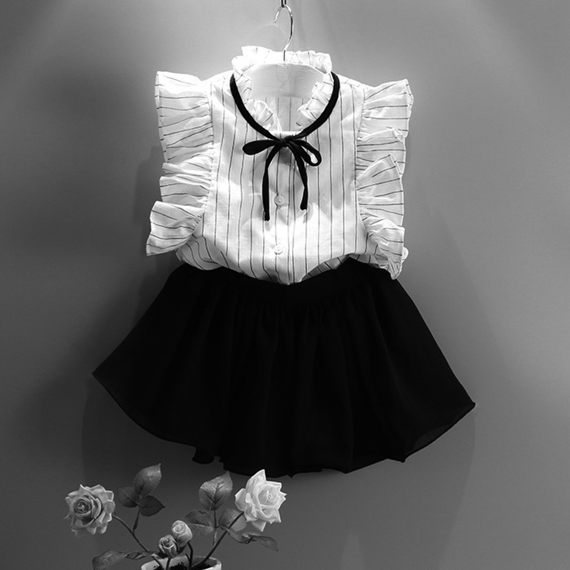 все цены на 2018 summer short skirts black petal sleeve stripe t-shirts shorts sweet 2pcs girls kids summer clothes