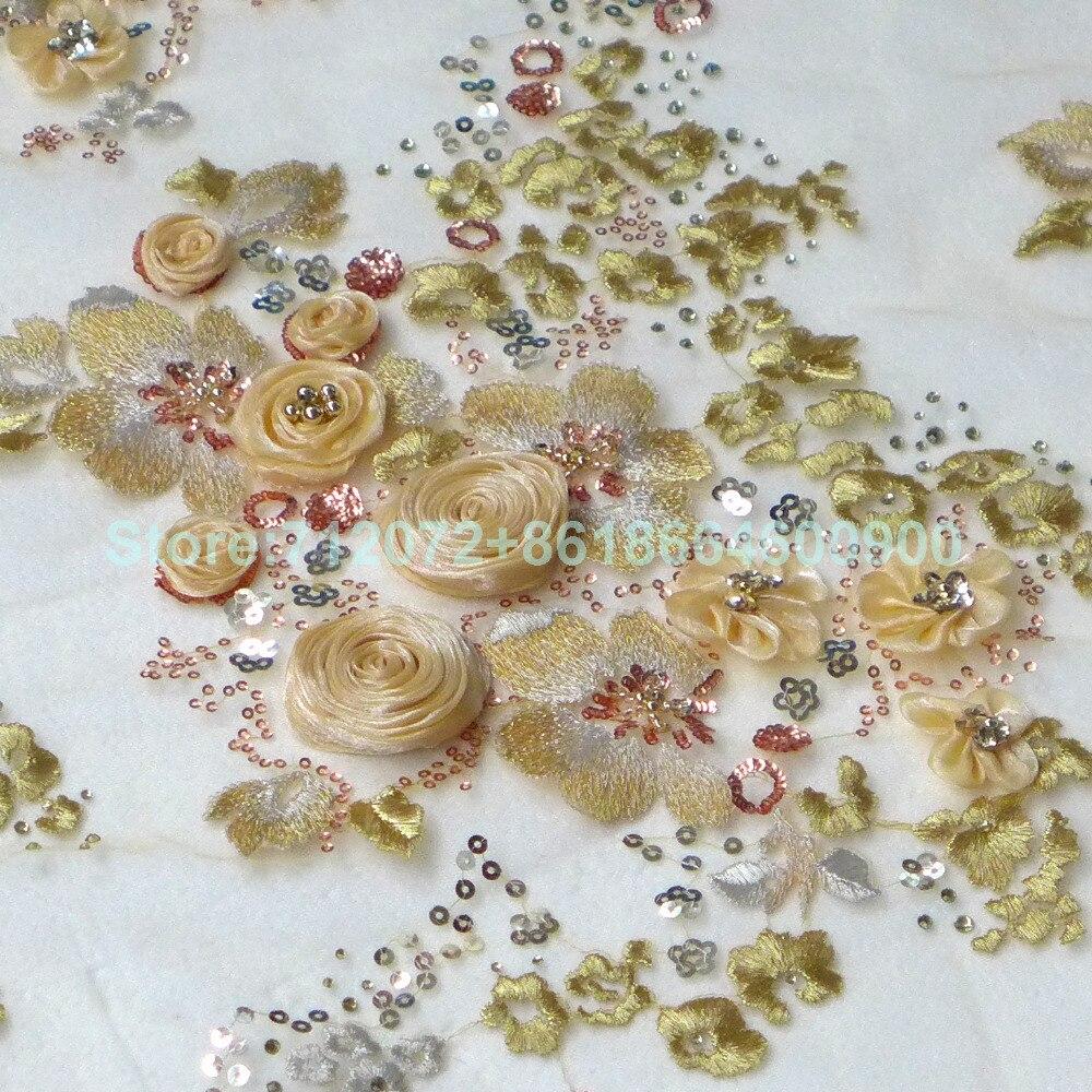 1 yard en vente Beige/ivoire 3D rose perlé paillettes dentelle tissu 51 pouces de largeur pour robe de mariée scène vêtements robe de soirée