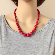 Hand Making Necklace