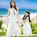 Family summer clothing juego madre e hija vestido bohemio vestido blanco de vacaciones familiares trajes a juego causal vestido para la playa