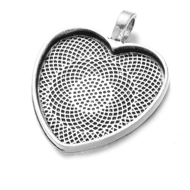 10 ชิ้น/ล็อต 25 มิลลิเมตรหัวใจพลอยหลังเบี้ยการตั้งค่าจี้เงินฝาถาดฐาน 25 มิลลิเมตรแก้วพลอยหลังเบี้ยสร้อยคอทำ