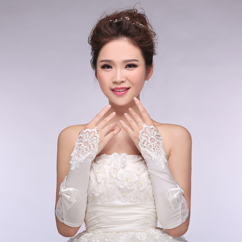 2016 Hot Cheap Appliques White Ivory Transparent Lace Fingerless Bridal Gloves Wedding Gloves Wedding font b
