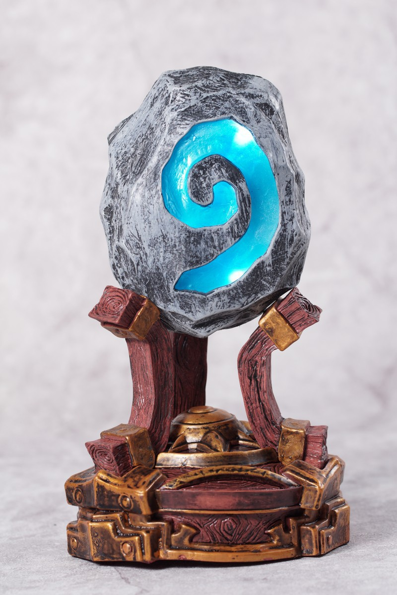 Creative Figure WOW HearthStone Night  Glowing furnace stone Toy Figure