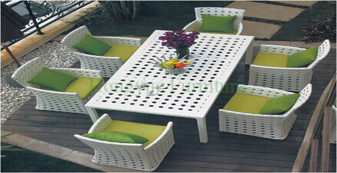 Patio white color rattan dining table set factory supplier