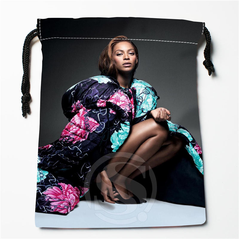 U-6 New Beyonce Custom Logo Printed  Receive Bag  Bag Compression Type Drawstring Bags Size 18X22cm U801!!t6