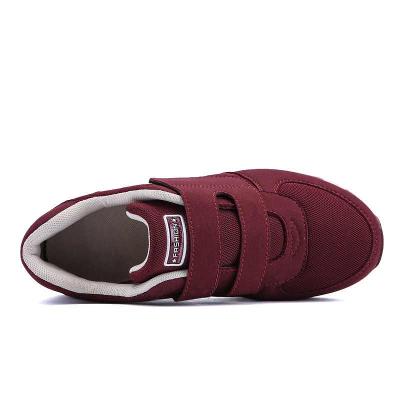 Scarpe di marca Delle Donne Degli Appartamenti Scarpe Da Ginnastica Casual Traspirante Zapatos Mujer Tenis Feminino scarpe Mamma Anziani scarpe dimensioni Scarpe Da Donna 35- 40