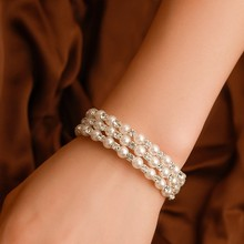 2019 new pearl rhinestone bracelet woman rubber band three-layer pearl bracelet ladies winding bracelet bridal jewelry(China)