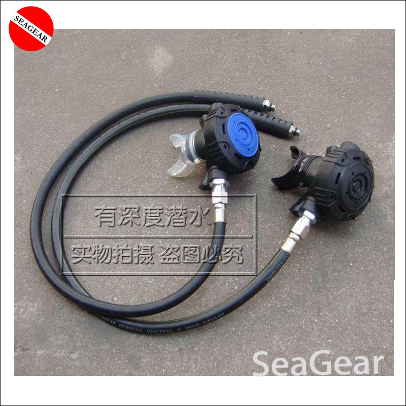 Hot selling Blue Black diving regulator breath easy with silicone mouthpiece and hose
