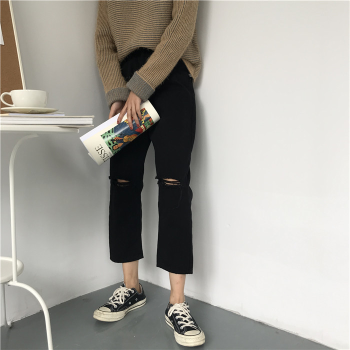 18 Summer Style Black White Hole Ripped Jeans Women Straight Denim High Waist Pants Capris Female Casual Loose Jeans 14