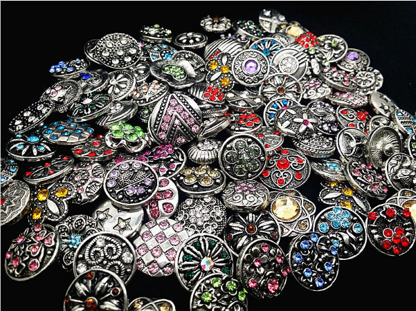 New Wholesale 50pcs/Lot Mix 18mm Metal Snap Rhinestone Button For Snap Fit DIY Snap Bracelets&Bangles Accessory image