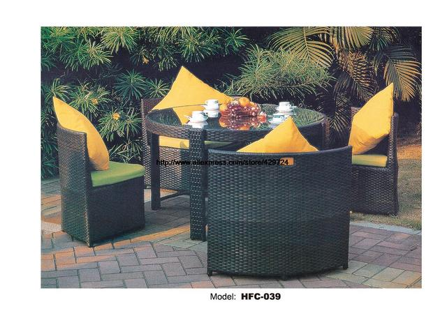 Creative Round Gardern Combination Chair Table Set Hot Sale Rattan