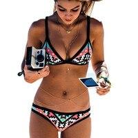 2016 diseño caliente del estilo retro simple modelo brasileña sexy impresión del traje de baño halter con relleno bikinis biquinis feminino