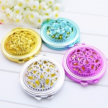 Portable Double-Sided Folding Cosmetic Mirror Mini Makeup Mirror Compact Pocket Mirror Female Gifts With flowing sparkling sand недорого