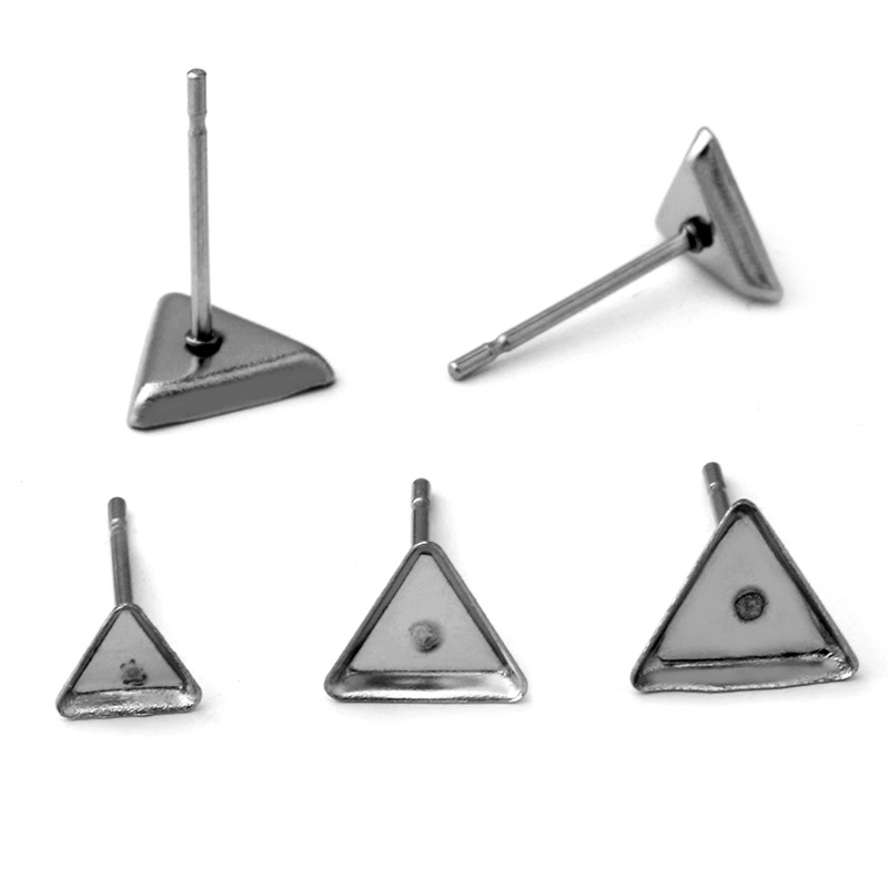 30pcs (No Fade) Stainless Iron Earring Studs Base,Fit Triangle 4MM 6MM 7MM Glass Cabochons
