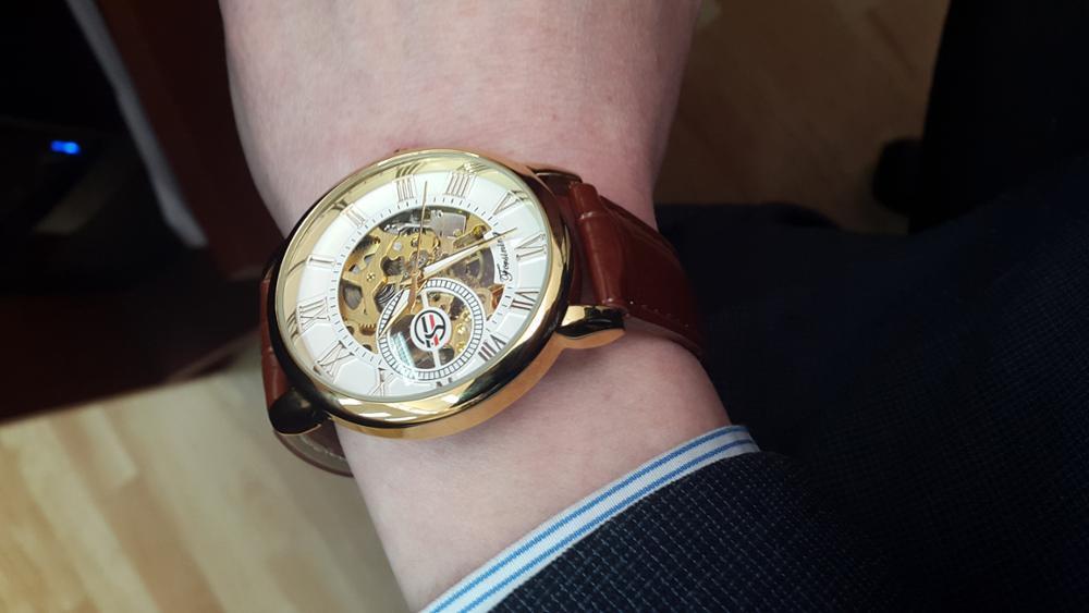 HTB1BYZYkcuYBuNkSmRyq6AA3pXaS Forsining Men Watches Top Brand Luxury Mechanical Skeleton Watch Black Golden 3D Literal Design Roman Number Black Dial Clock