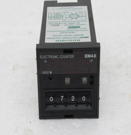 Controller EM48P-HM4D-DC24V , Used one , 90% appearance new , 3 months warranty , fastly shipping plc 6es7 131 4bd01 0ab0 used one 90 % appearance new 3 months warranty fastly shipping