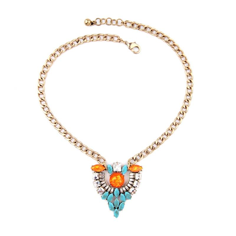 9122d5a1e62e Encanto chokers para las mujeres oro color clásico collar resina GEM  Cluster colgante 2016 nueva moda