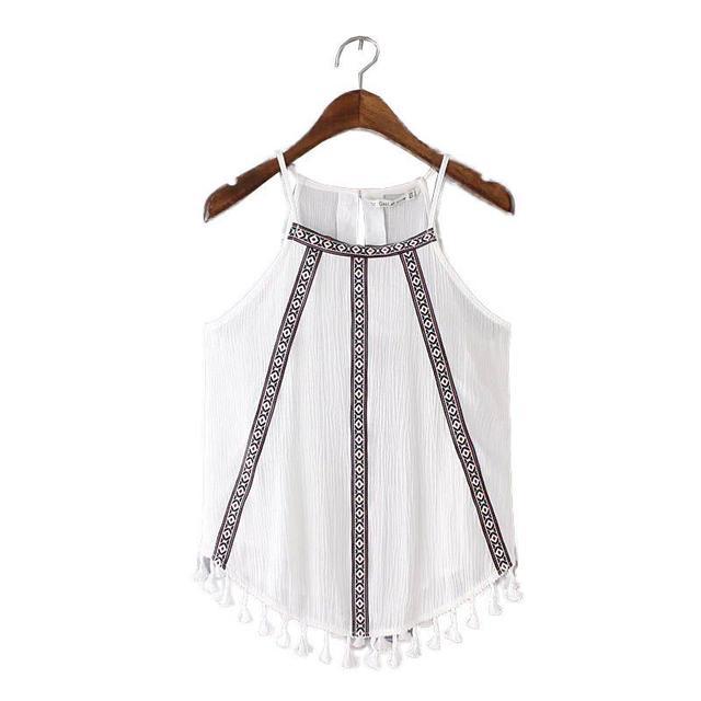2016 Mulheres Moda estilo Boho bordado parte superior do tanque sem mangas do vintage blusas hem borlas senhoras retro verão tops casuais