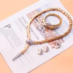 Europäischen und Amerikanischen Weibliche Tier Schlange Kragen Intarsien mit Elastische Schnalle und Schlange Kragen Luxus Mode