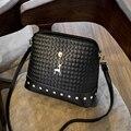 Novo 2016 rebite xadrez moda mulheres CrossBody saco PU mulheres bolsas de marca Designer de simples pequeno saco mulheres mensageiro sacos