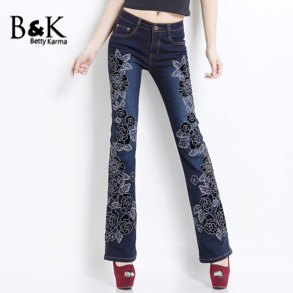 Embroidered Jeans Women for Stretch Elastic Denim Flare Pants With Flower Pattern Pantalon Jeans Female Woman Plus Size Jeans