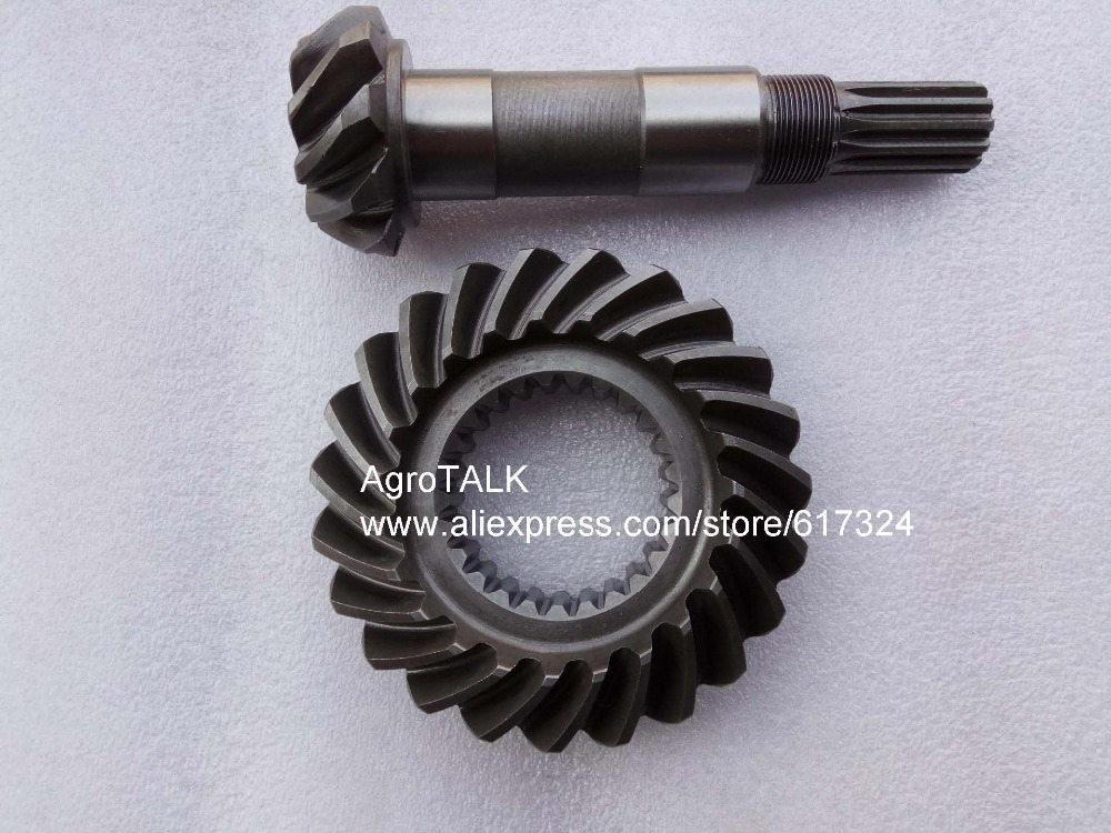 FT304.31F.131 FT304.31F.138, the set of spiral bevel gear and shaft for front drive ft304 31f 138 ft304 31f 131 the mid driving bevel gear and main bevel gear for foton lzt tractor ft304 454 lzt304 lzt454
