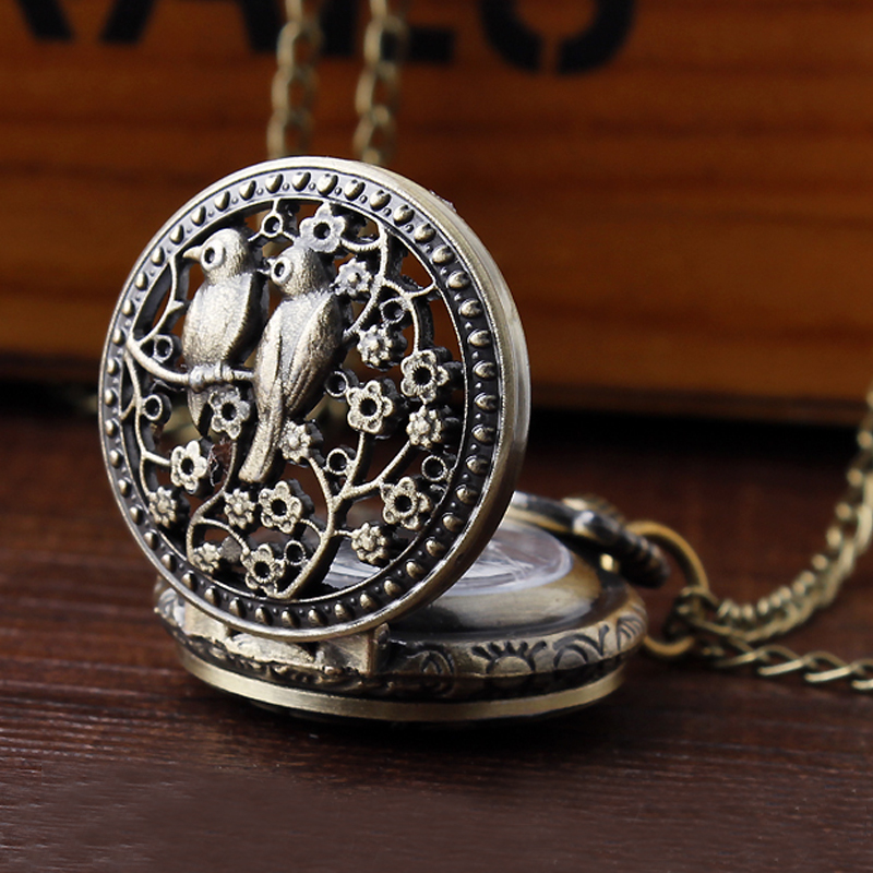 Vintage Hollow Pocket Watch 1Pc Small Bird Flower Pattern Quartz Hour Arabic Numberals Dial Pendant Chain Necklace Boy Watches