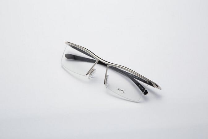 Men Optical Frames Eyeglasses Frames Rack Commercial Glasses Fashion Eyeglasses Frame Myopia Titanium Frame TR90 Legs