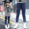 2017 весна и осень горячие моды джинсы детские 5-13 года девочка чистый цвет сшивание ткани пять указал осады упругой пан