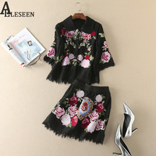 Luxury Sets 2017 Summer Famous New Turn-Down Collar 3/4Sleeve Blouse + Floral Embroidery Skirt High Qaulity Black Lace Sets