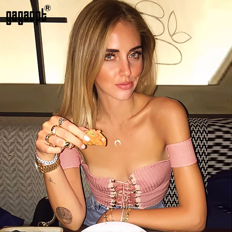 HTB1BZ9dOpXXXXcXaXXXq6xXFXXXc - Sexy Black Crop Top Lace Up Tee shirt Metal Ropes Women