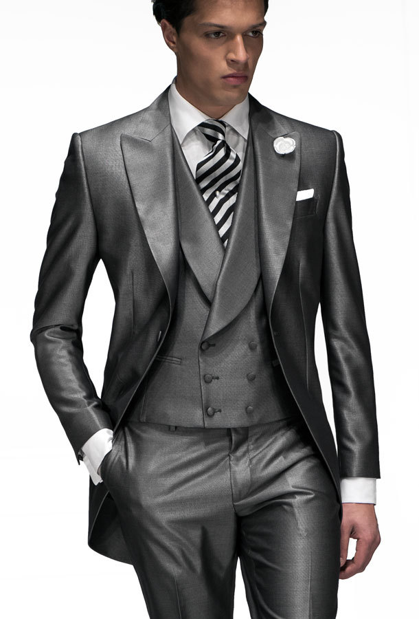 Dark Grey Shiny Suit | My Dress Tip