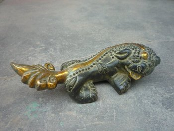 Rare old Qing Dynasty Bronze gold-plating  Statue / sculpture-------The mythical wild animal, free shipping
