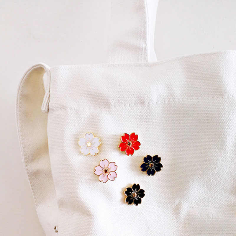LNRRABC Fascino Del Fiore Delle Ragazze Delle Donne di Modo Pin 1 PZ Popolare fiori di Ciliegio Spille Monili Svegli Accessori Del Sacchetto Distintivo Spilla