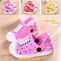 Hot nuevos niños zapatillas niños niñas shoes unisex niños niñas sandalias de playa jardín zuecos arrastre de color rosa-rojo envío gratis 1-5age nm-22