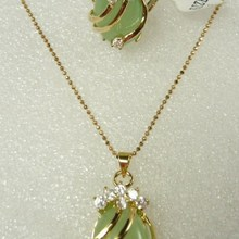 Прекрасный натуральный зеленый нефрит CZ кулон кольцо Набор Размер: 6,7, 8,9