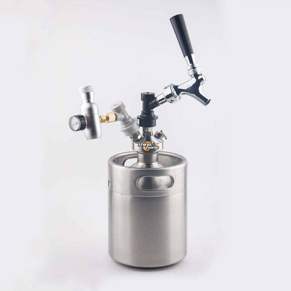 Nuevo 2018 de acero inoxidable 2L, Mini Growler + Mini barril dispensador con grifo de cerveza + Co2 barril kit de cargador-in Otros accesorios para bar from Hogar y Mascotas    1