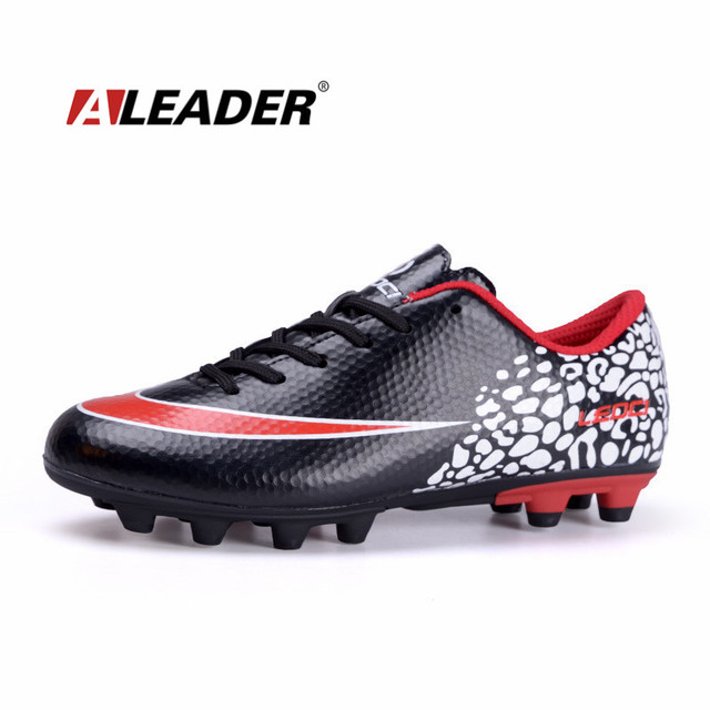 cd79b29e082 Mens Sport Soccer Shoes Outdoor Long Spikes FG Football Shoes Boys Soccer  Sneakers Kids Athletic Trainers