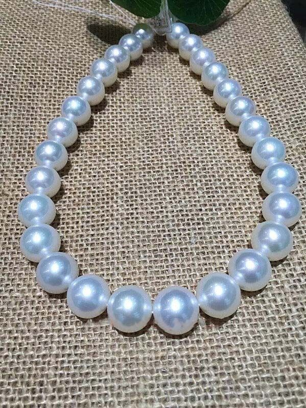 gorgeous 12-13 mm Australian freshwaters white pearl necklace 18 inch 925silvergorgeous 12-13 mm Australian freshwaters white pearl necklace 18 inch 925silver