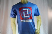 DC SHOES MEN'S GRAPHIC BLUE T-SHIRT WITH REDDC ON FRONT T-SHIRT size Medium  Free shipping Tops t-shirt twist front plunging t shirt