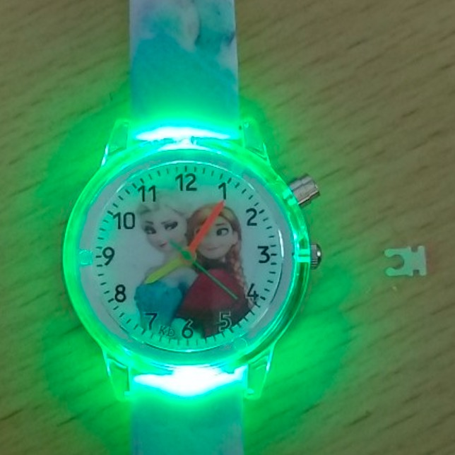 Children's Watch With Electronic Colour Light Source Girls Gift Clocks Children's Wrist Princess Elsa Children's Watch NC01