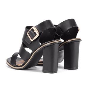 Image 4 - GENSHUO Women Sandals Gladiator Black Buckle Strap Sandals for Women Chunky Heels Summer Shoes Ladies Block Heel White Sandals
