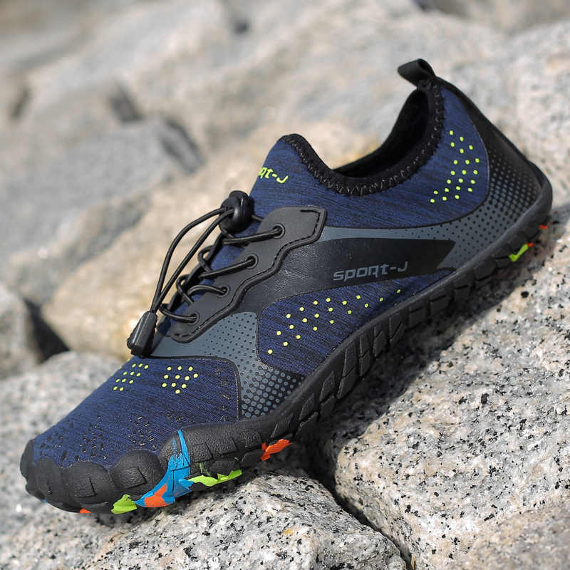 8511a42c7d182 Shoes Woman Men hot sale Outdoor Breathable lovers beach 2019 Summer  sneakers Upstream Walking Water Quick