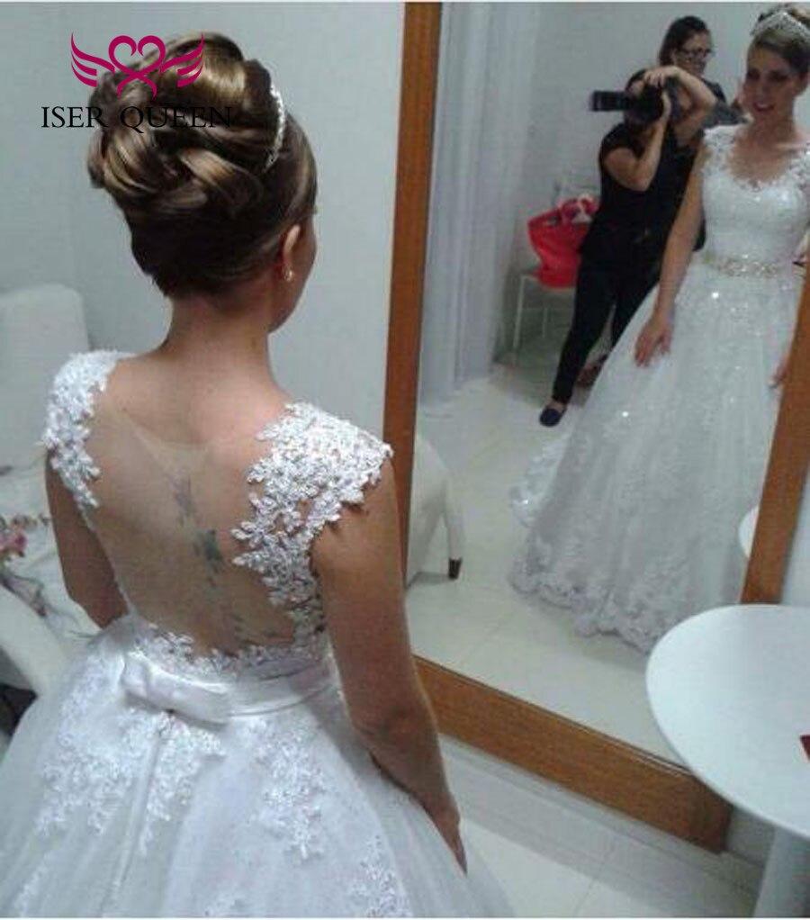 新しいレースアップリケローブデのみ  ウェディングドレスの花嫁衣装クリスタルサッシノースリーブ夜会服のウェディングドレス 2019 W0480  グループ上の ウェディング & イベント からの ウェディングドレス の中 2
