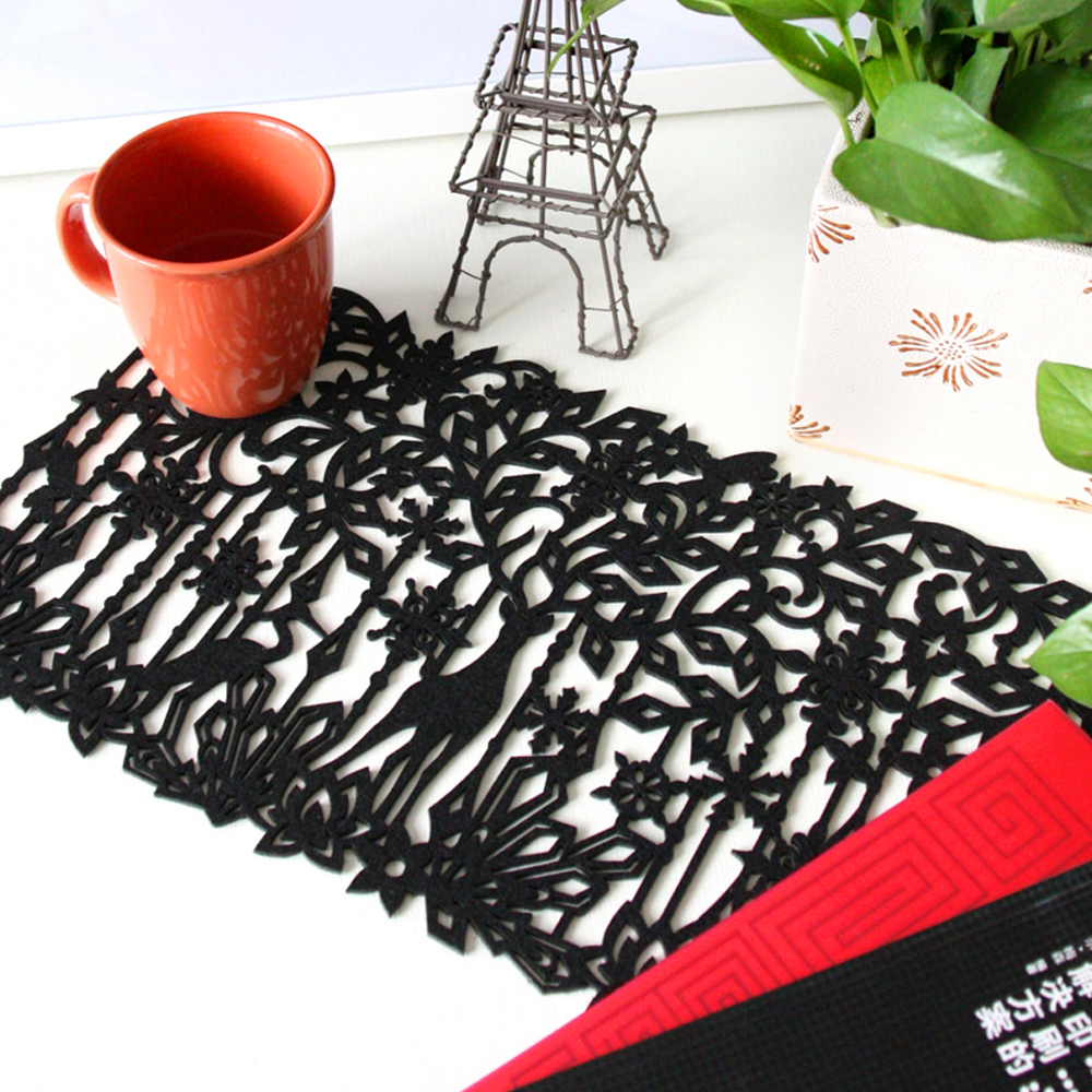 yazi 4PCS Black Reindeer Flower Laser Cut Out Felt Placemats Insulation Household Dining Party Decor Table Mats