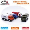 Ruso KAMAZ Modelo Diecast Monster Truck, Metal de la aleación de Coches Para Los Muchachos Niños Como Regalo Con Retirarse Función/Música/Luz